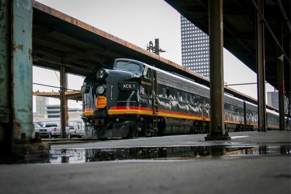 railroad-rigolphoto-02662EECE8-80D9-6DC2-E7C3-8D6DFEC94C78.jpg
